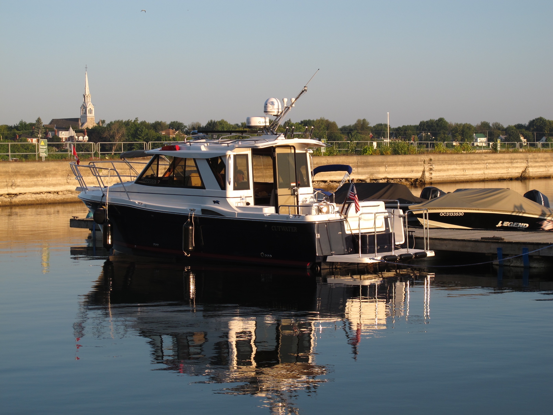 Cutwater 28: A Proven Pocket Cruiser