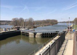 Army Corps Will Close Locks on Illinois Waterway Next Summer